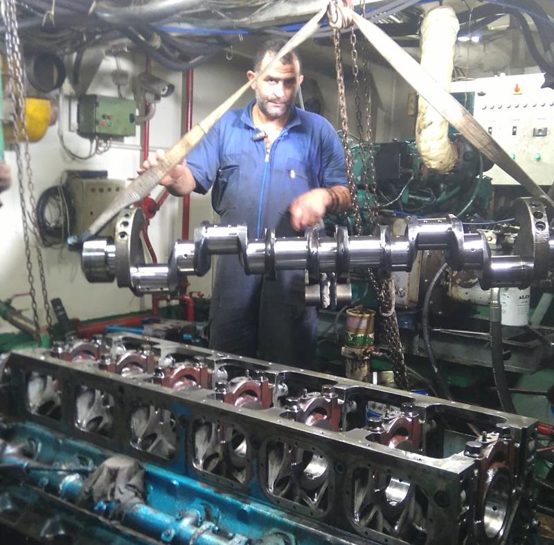lefkas marine service yachts repairs